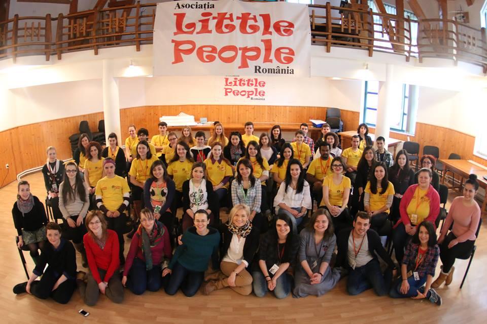 Volunteers Asociatia Little People Romania